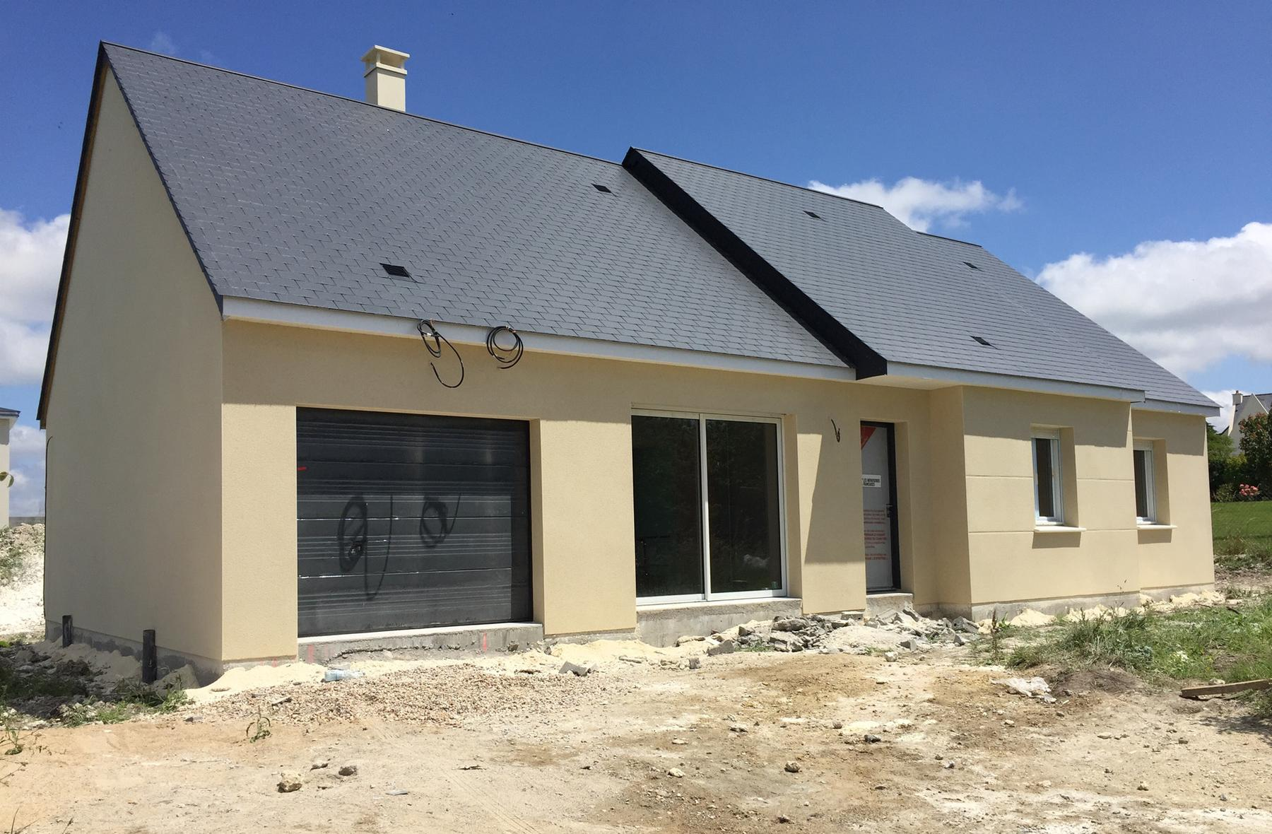 Projet en cours de construction sur chinon suite 3 for Maison en construction