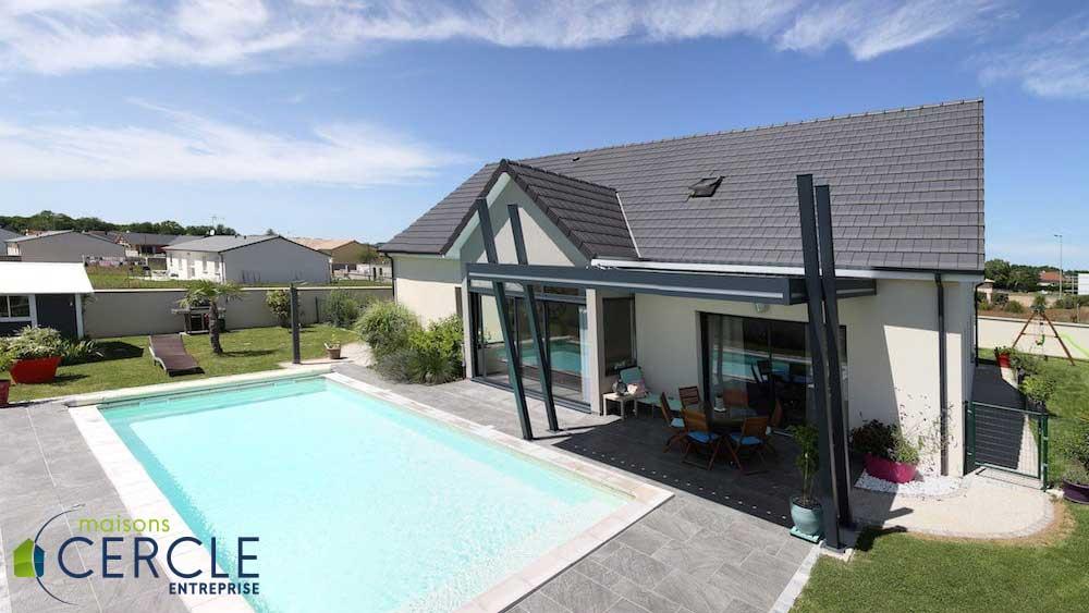 Visite d une maison contemporaine neuve en photos construire sa maison pas cher constructeur - Maison les moins cher ...